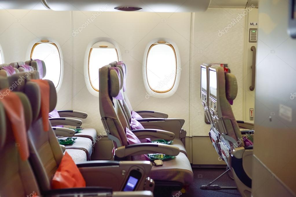 Airbus a380 interni a380 airbus a380 da emirates airlines for Bagaglio a mano di american airlines