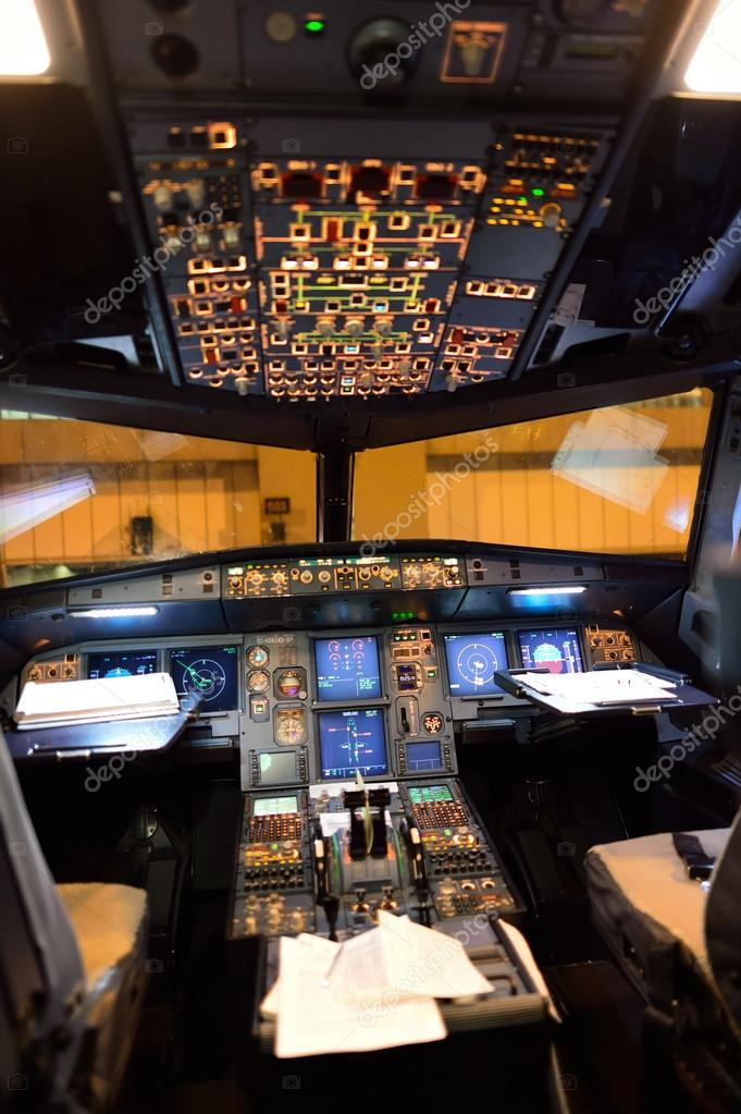airbus a320 intrieur du poste de pilotage photo