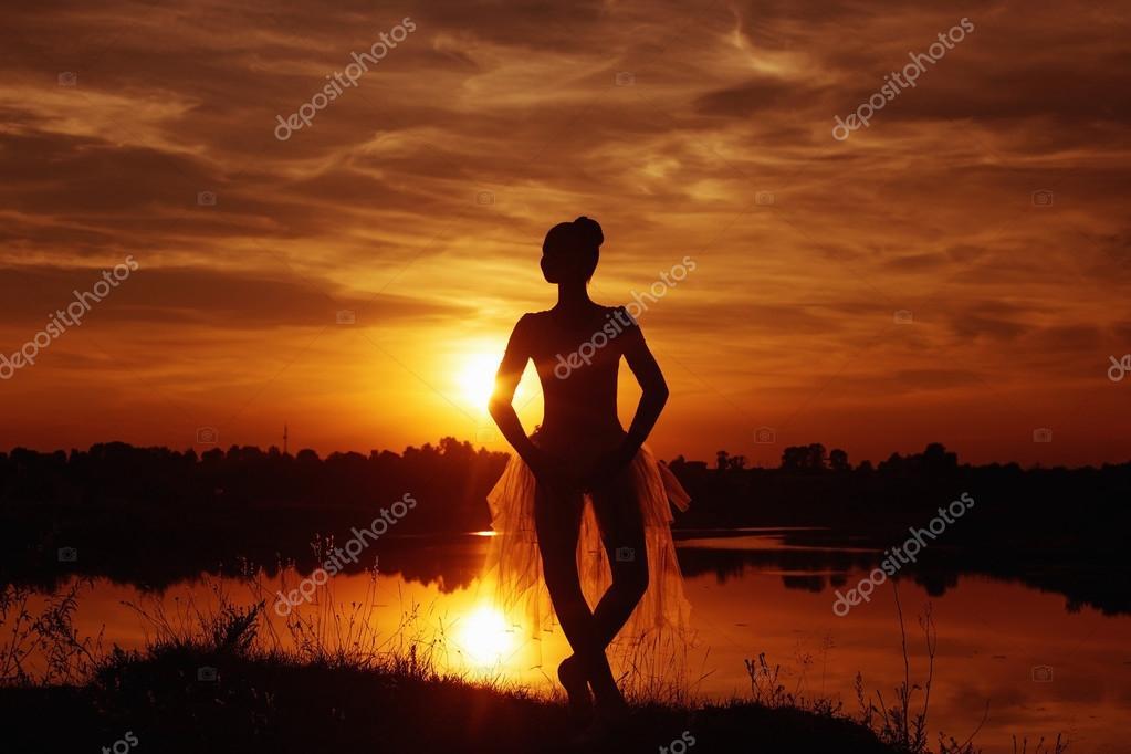 Голый балерина на закате фото порно сайт
