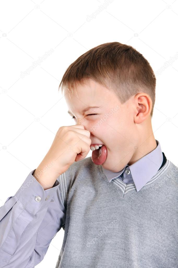 Elégedetlen gyerek zárja be az orrát 24dc8f2c80