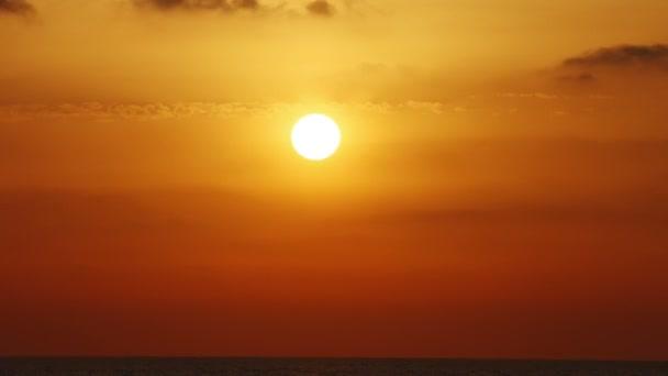 4 k-Zeitraffer-Fotografie mit Sonnenuntergang
