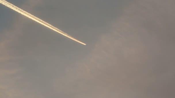Repülőgép kondenzcsík