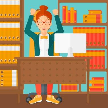 Ofiste çalışan kadın..