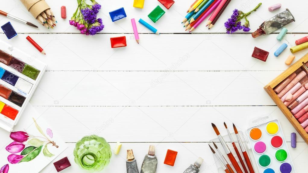Шаблон открытки кисти и краски