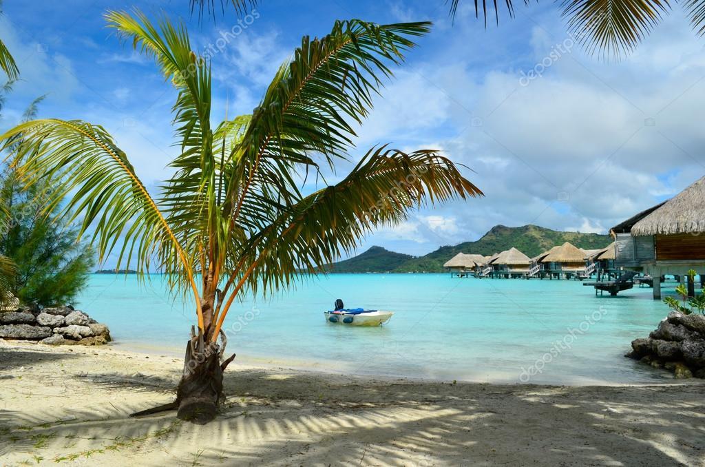 Фотообои Luxury resort beach on Bora Bora