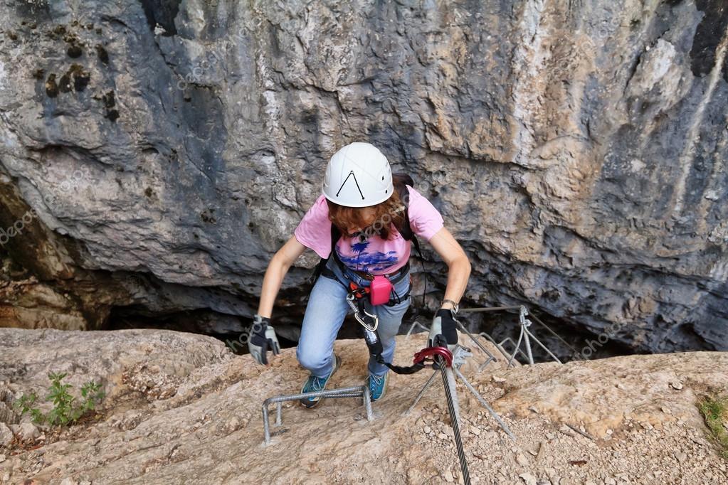 Klettersteig Weibl : Giovannelli klamm klettersteig u stockfoto antonio s