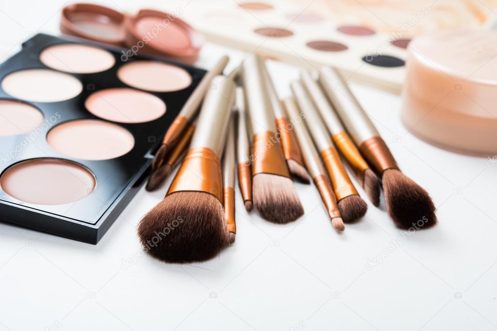 Imagenes De Maquillaje Para Descargar: Herramientas Y Pinceles De Maquillaje Profesional