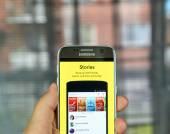 Snapchat příběhy na mobil