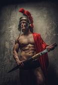 Mann in römischer Rüstung