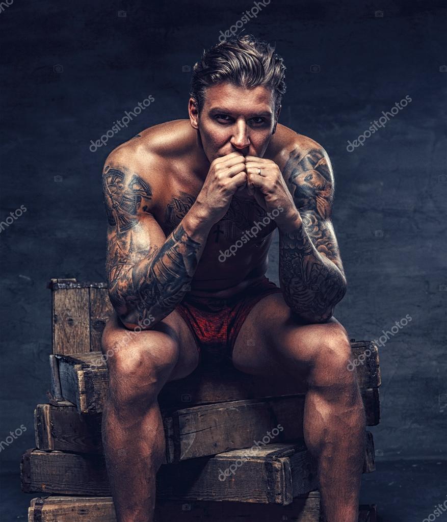 Nakna tatuering flickor rather