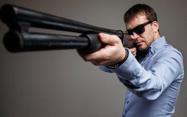 Gangster with shoot-gun