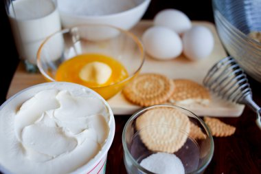 Cooking ingredients for cheesecakes