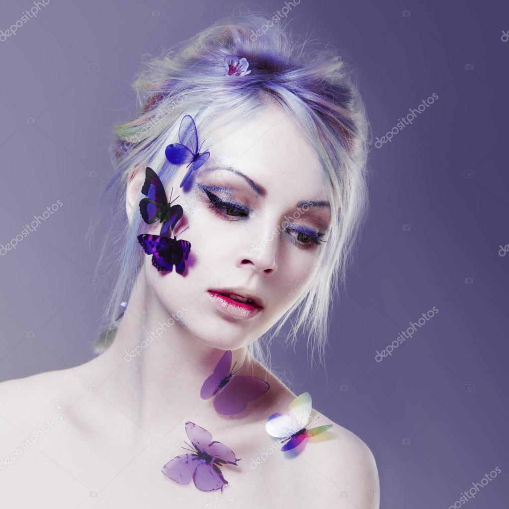 Schones Madchen Mit Schmetterling Gesicht Schonheit Kreatives Make