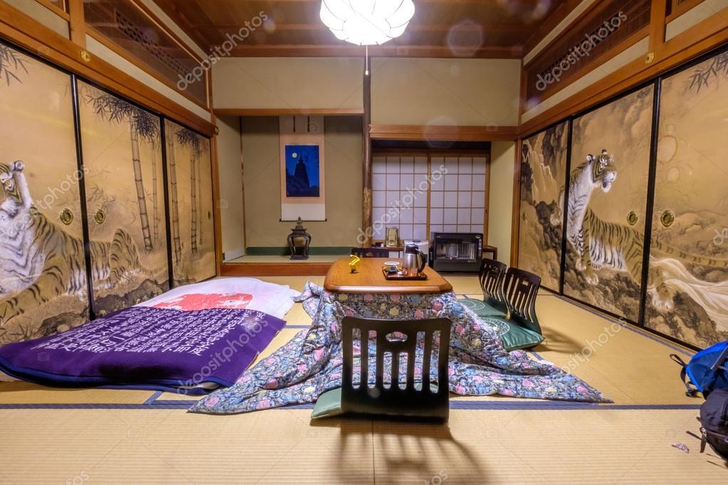 chambre japonaise traditionnelle — Photographie sabinoparente ...
