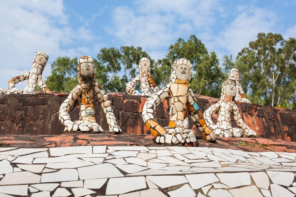 Chandigarh rock garden Stock Photos, Illustrations and Vector Art | Depositphotos®