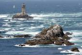 Photo rough and rocky coastline of Brittany