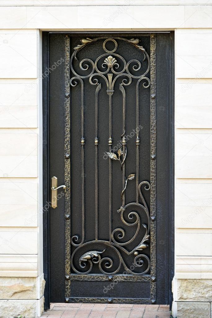 Porta ferro battuto decorativo foto stock blulake - Ferro battuto porta ...