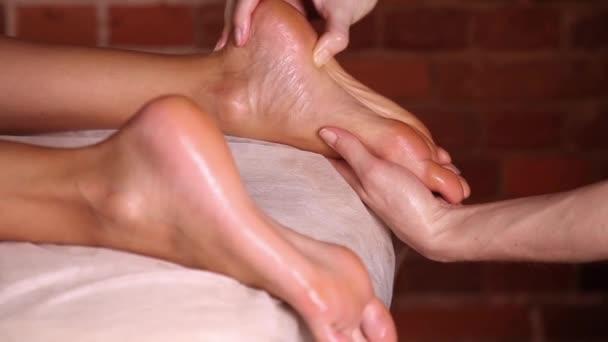 Piedi massaggi, primi piani
