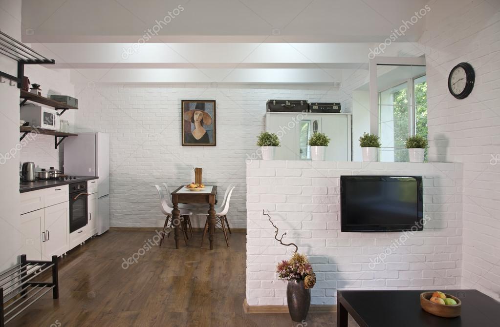 Interieur van een woonkamer met de keuken — Stockfoto © alkir_dep ...