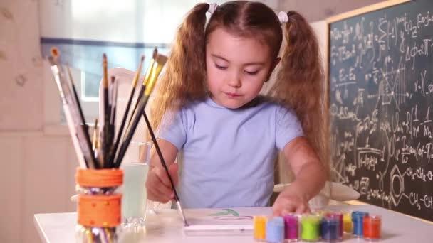 Kislány festés