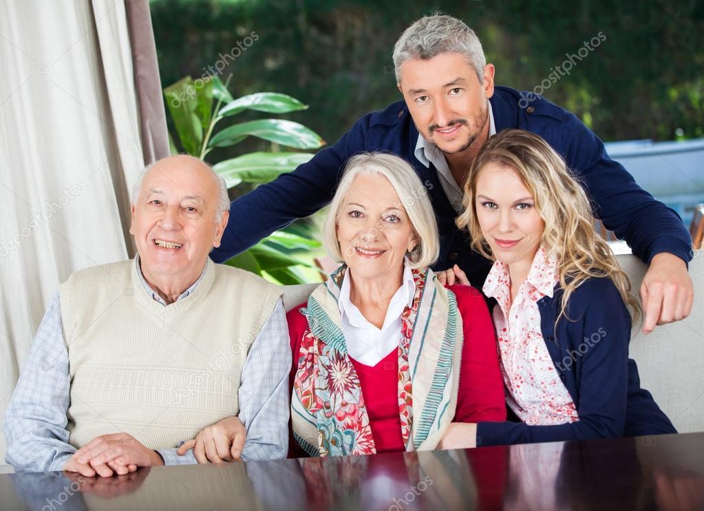 Бабушки и дедушки дом престарелых какие услуги предоставляются в домах престарелых