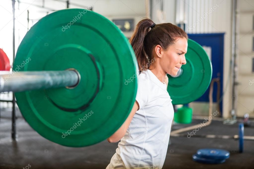 Äußerst Fitte Frau Beim Trainieren