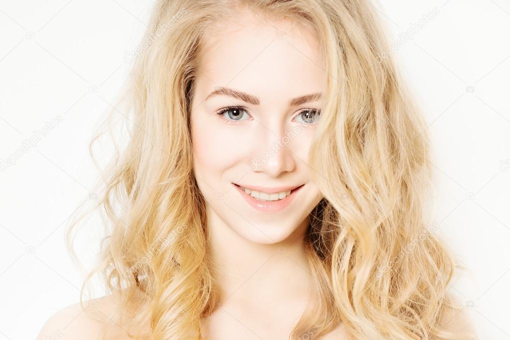 Фотографии кудрявых женщин блондинок 12