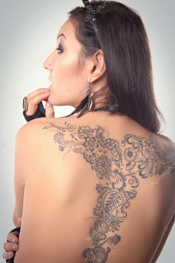 Discussion nakna tatuering flickor shall agree