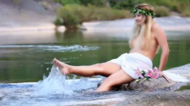 Orgia in una piscina