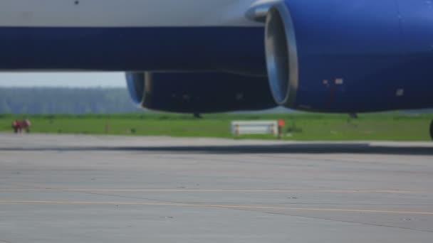 Letecké motory a převodovky