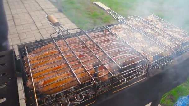Főzés szabadban grill
