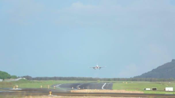 tryskové letadlo přistání
