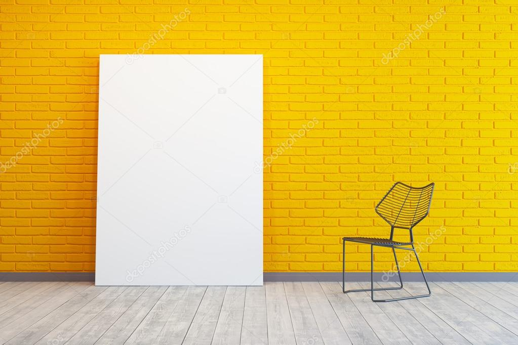 chambre jaune avec photo blanc et chaise — Photographie auriso ...