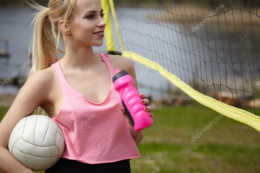 Sexy Blonde Mdchen Volleyball Spielen  Stockfoto -5095