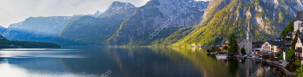 Фотообои Scenic panoramic view of Hallstatt mountain