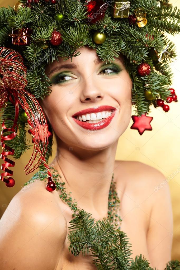 Madchen Mit Weihnachtsbaum Frisur Stockfoto C Zoomteam 91660120