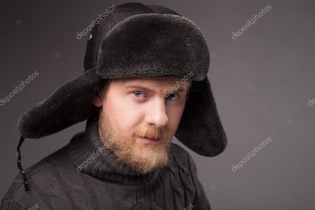 leñador en sombrero Ruso — Fotos de Stock © Slavick  78924390 24c2692b3c5