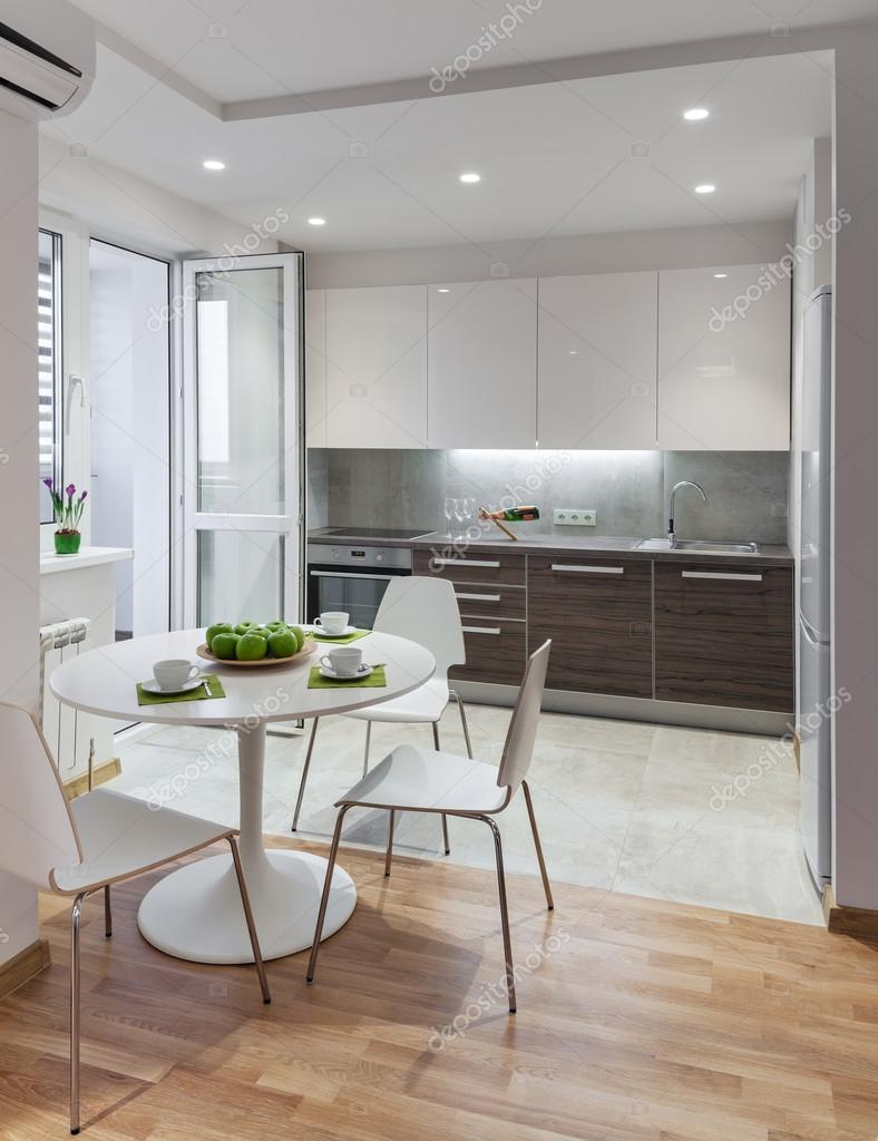 Küche Interieur in modernes Apartment im skandinavischen Stil ...