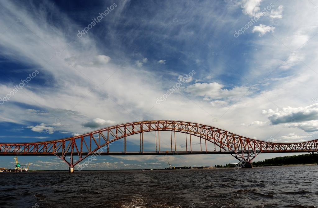 赤龍橋イルティシ川、ハンティ ...