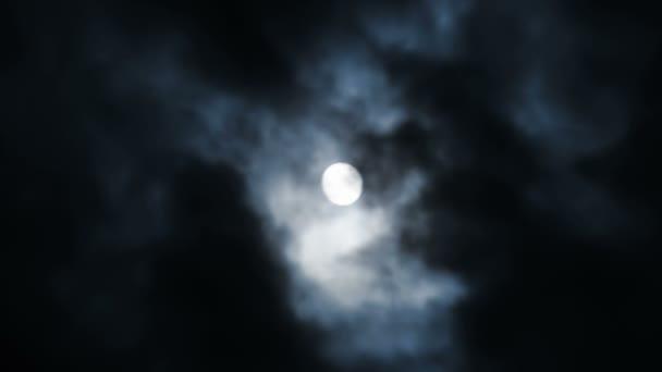 hold és felhők