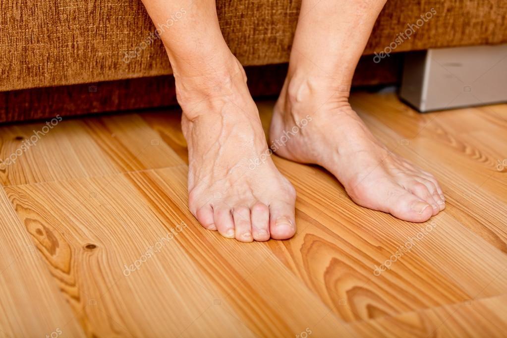 Alte Frau Füße Bilder