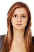 Portrét docela dospívající ženy