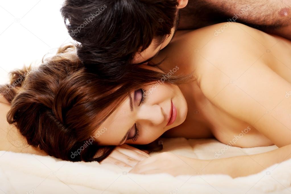 https://st2.depositphotos.com/1003556/12243/i/950/depositphotos_122430362-stock-photo-man-lying-on-women-in.jpg