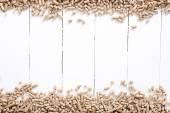 Fotografie Nahaufnahme der Pellets auf Tisch