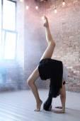 Fotografie woman in dance studio