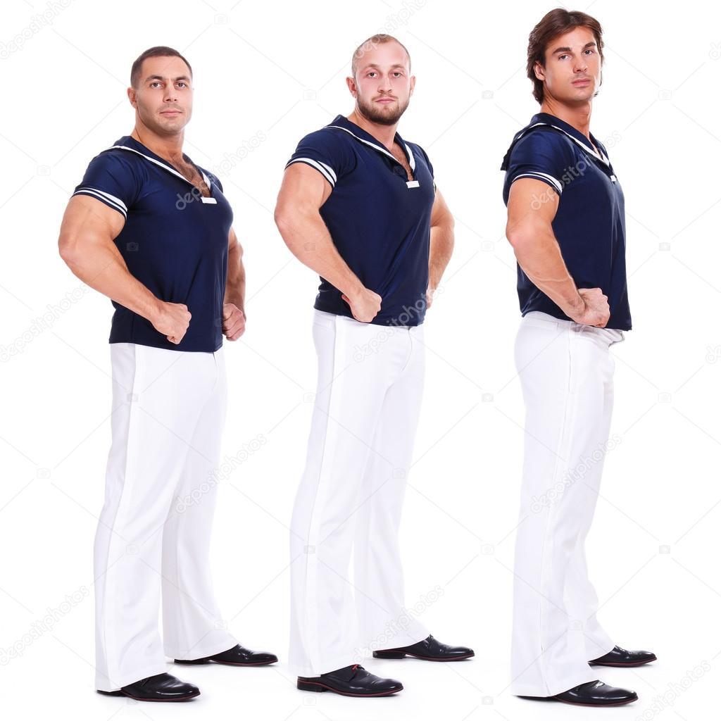 Hübsche Männer in Matrosen Kleid — Stockfoto © yekophotostudio #58858549
