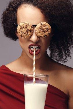 Woman wearing cookies glasses