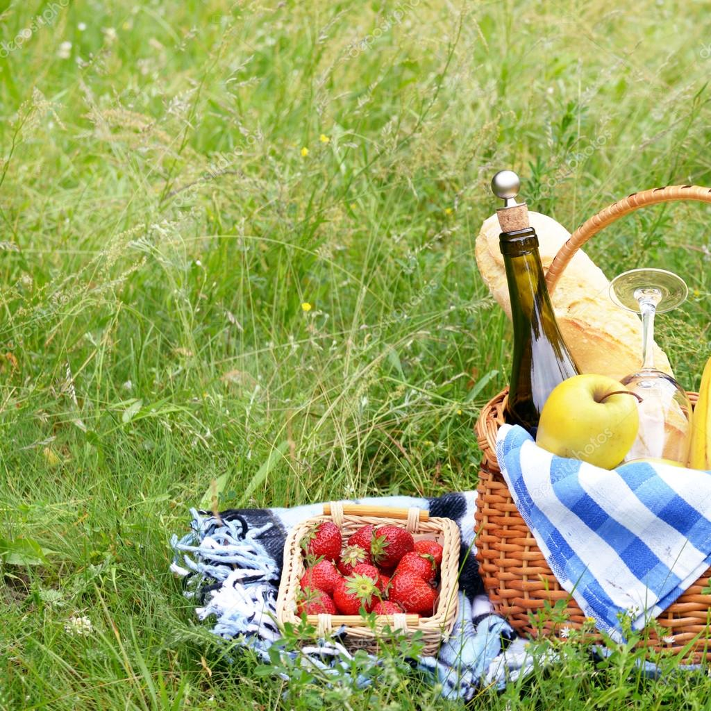Picnic basket and strawberries