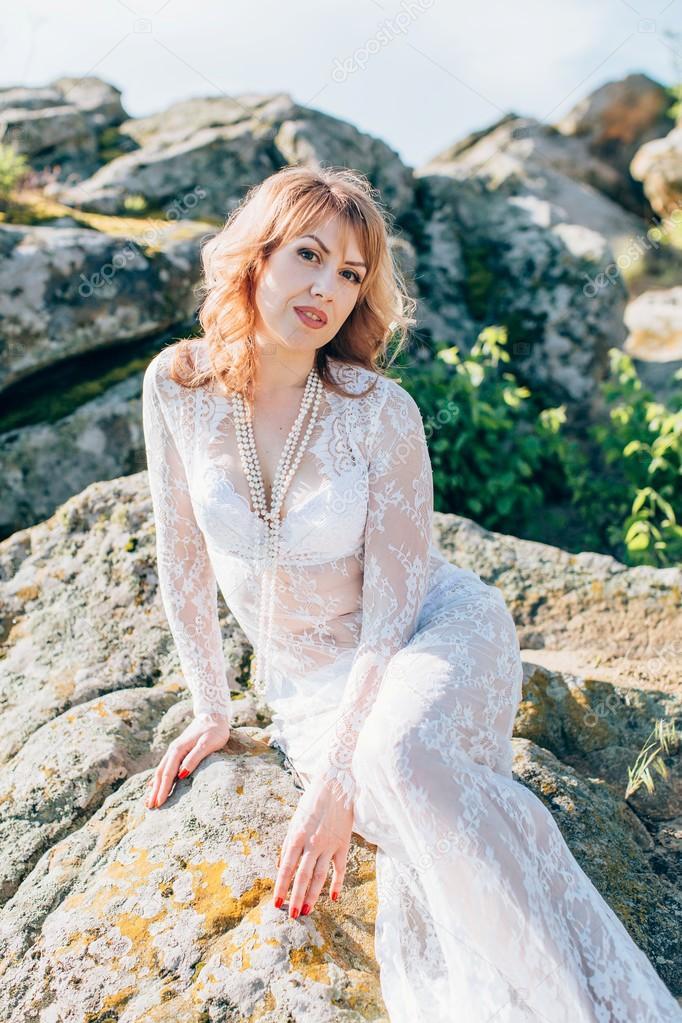 Vestido blanco con piedras