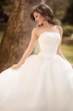 Beautiful bride beautiful bride outdoors